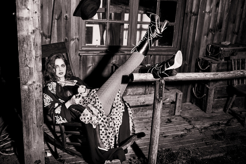 MARIE-ANGE-CASTA-BY-ELLEN-VON-UNWERTH-FOR-GREY-MAGAZINE-SPRING-SUMMER-2016-11.jpg