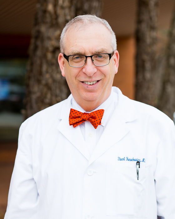 Dr. Stuart Henochowicz