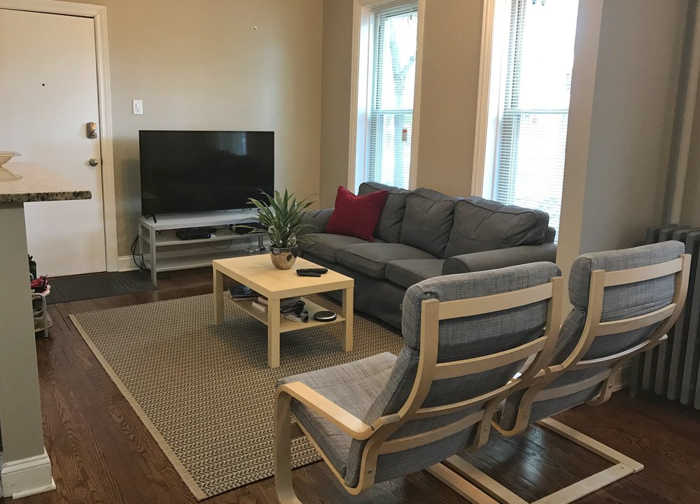 Livingroom 2.jpeg