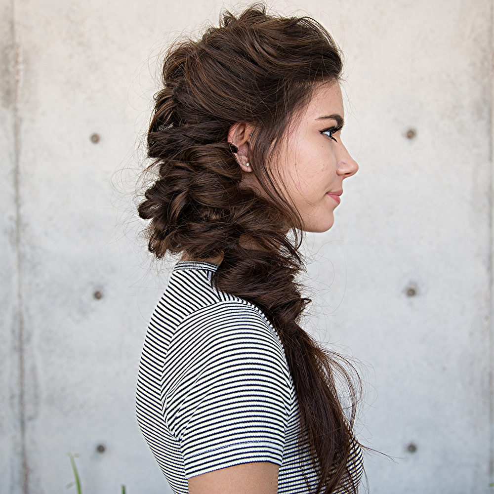 Side boho chic into fishtail tutorial confessions of a hairstylist well i certainly havent gotten off my boho hair kick and this fun side bohemian style youtube hair tutorial is just another way to rock your hair for baditri Choice Image