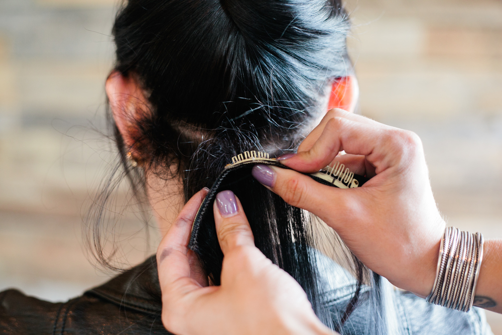 Glam Seamless Extensions How To Confessions Of A Hairstylist