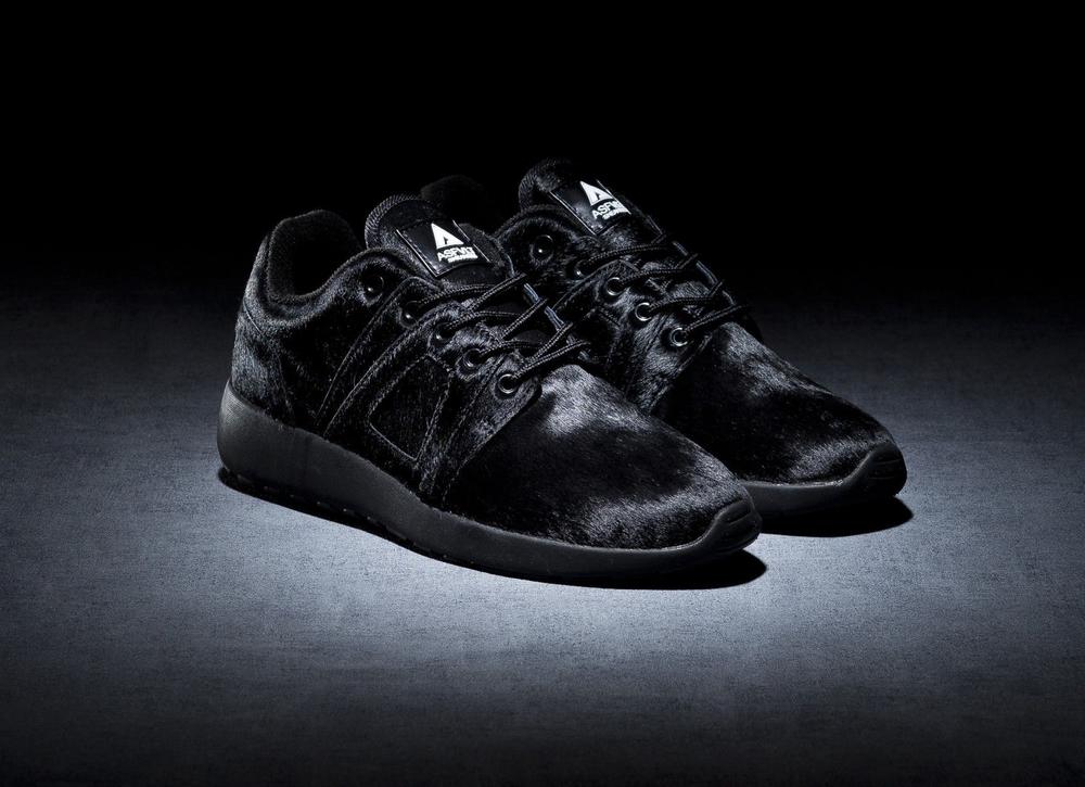 Sneakers din piele si blana, ASFVLT, asfvltsneakers.com, 89 euro