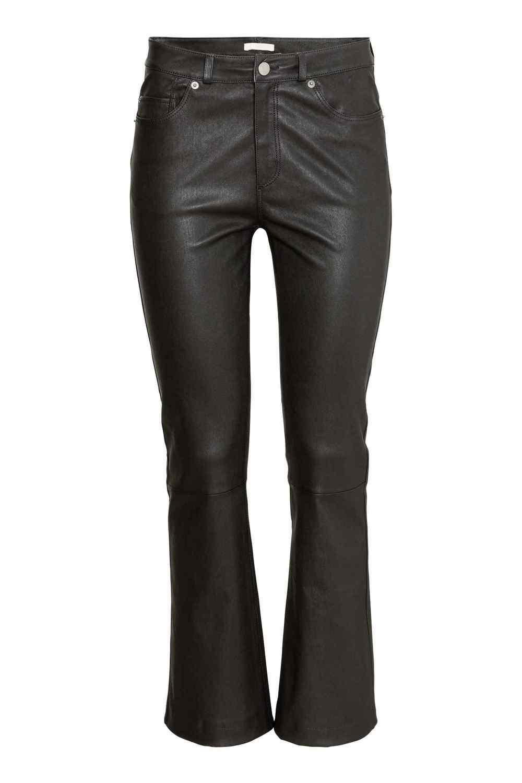 Pantaloni din piele, H&M, 399 lei