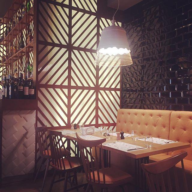 #lunching #coolplace #bucharestiscool w/ @oana_vasilache