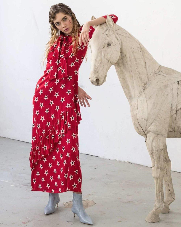 rochie rosie sabina pop.jpg