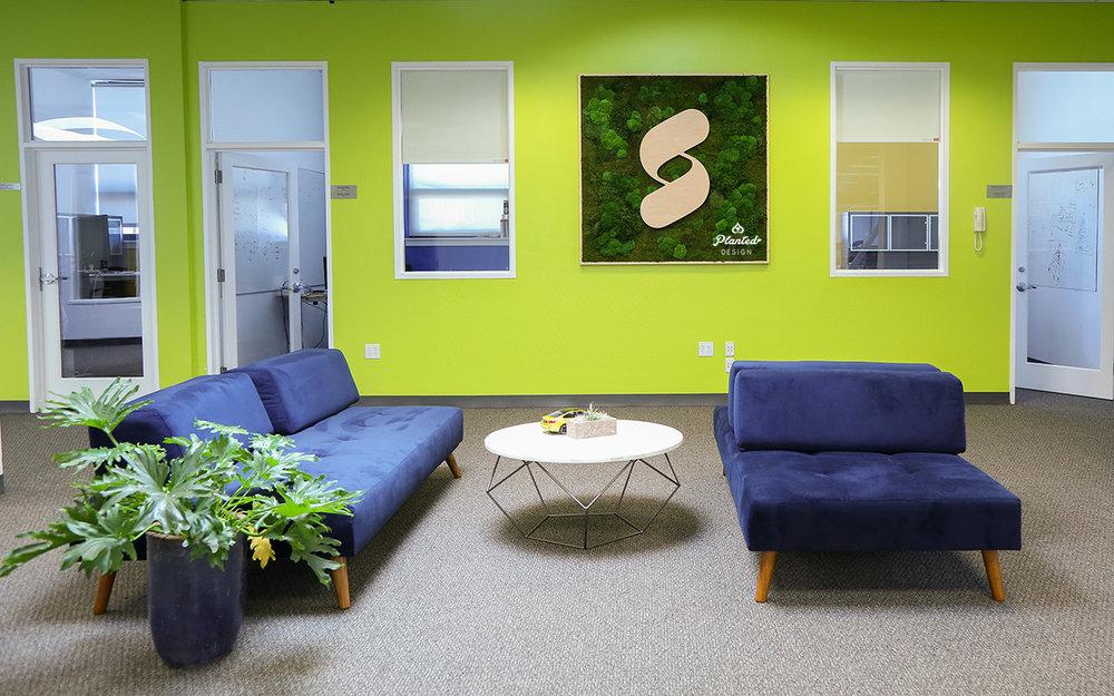 Fyuse - Moss Wall Logo
