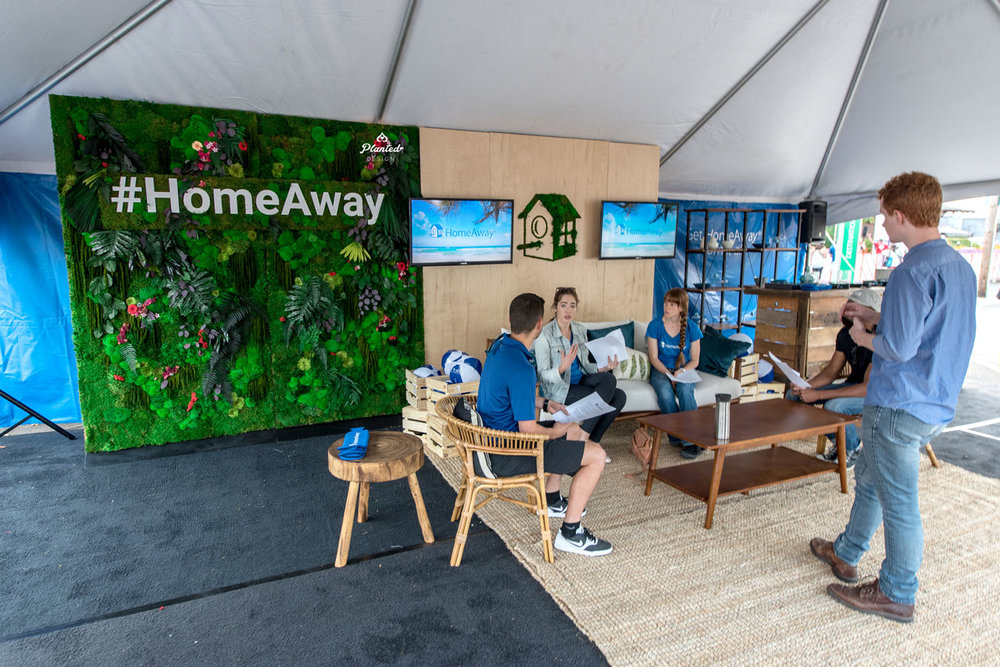 HomeAway - Moss Wall