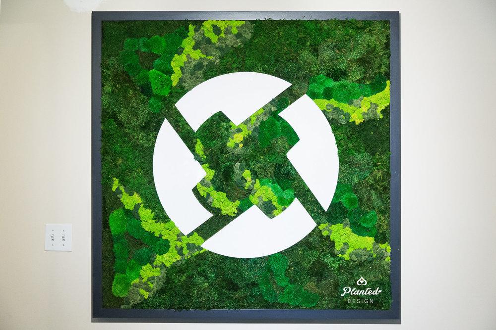 0x  - Moss Wall