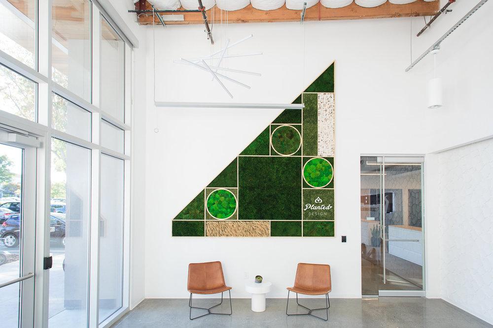 PlantedDesign_MossWall_Blue_River_Technologies_Sunnyvale_California_Reception_Wheat_Cotton_8956.jpg