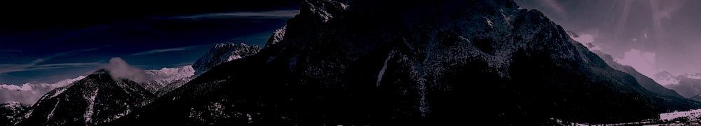 Panorama dark.jpg