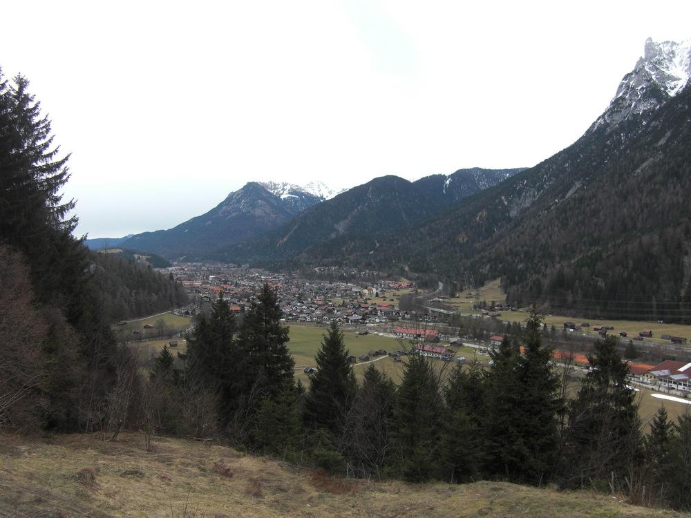 Mittenwald vallei groen.JPG