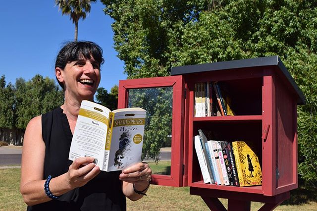 Check out AJ Marsden's new blog post about Pasadena Neighborhood's @littlefreelibrary , funded by yr 1 #LoveYourBlock $1K  mini-grant! Find out how to improve #literacy & #increase #community #engagement in your #neighborhood! http://bit.ly/2frtR3X