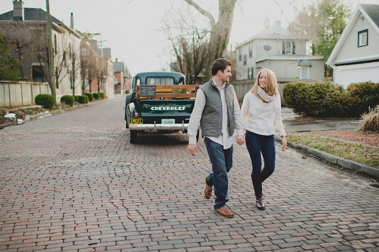 AdventureWeddingPhotographer_ColumbusEngagement_0826.jpg