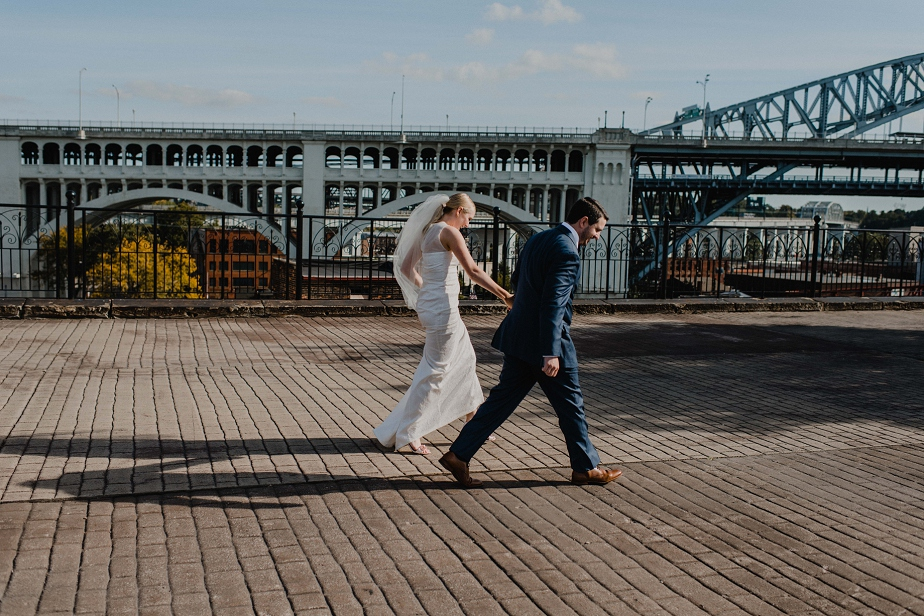 Cleveland-Red-Space-Wedding-AllisonJarus+RoryMcGlynn-Mallory+JustinPhoto-406.JPG