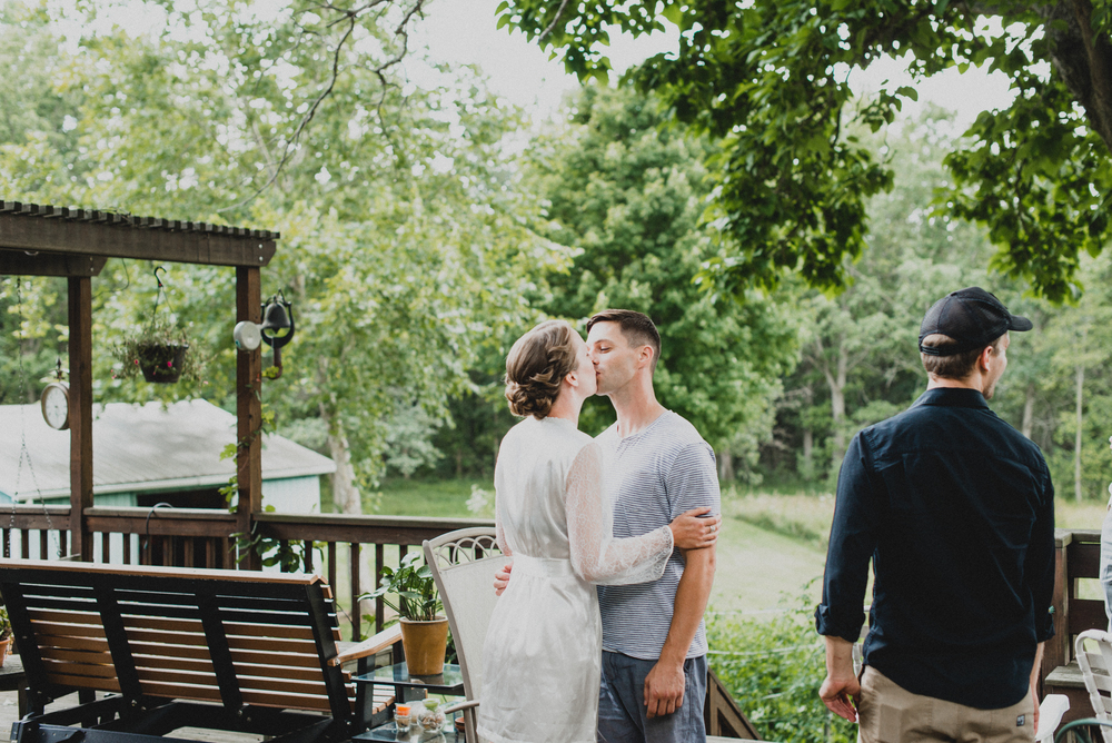 Intimate-Backyard-Farmhouse-Ohio-Wedding-Andi+Ben_Mallory+Justin-Photographers-35.JPG
