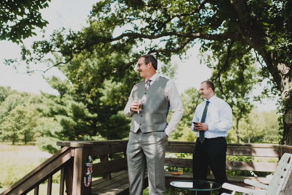 Intimate-Backyard-Farmhouse-Ohio-Wedding-Andi+Ben_Mallory+Justin-Photographers-38.JPG