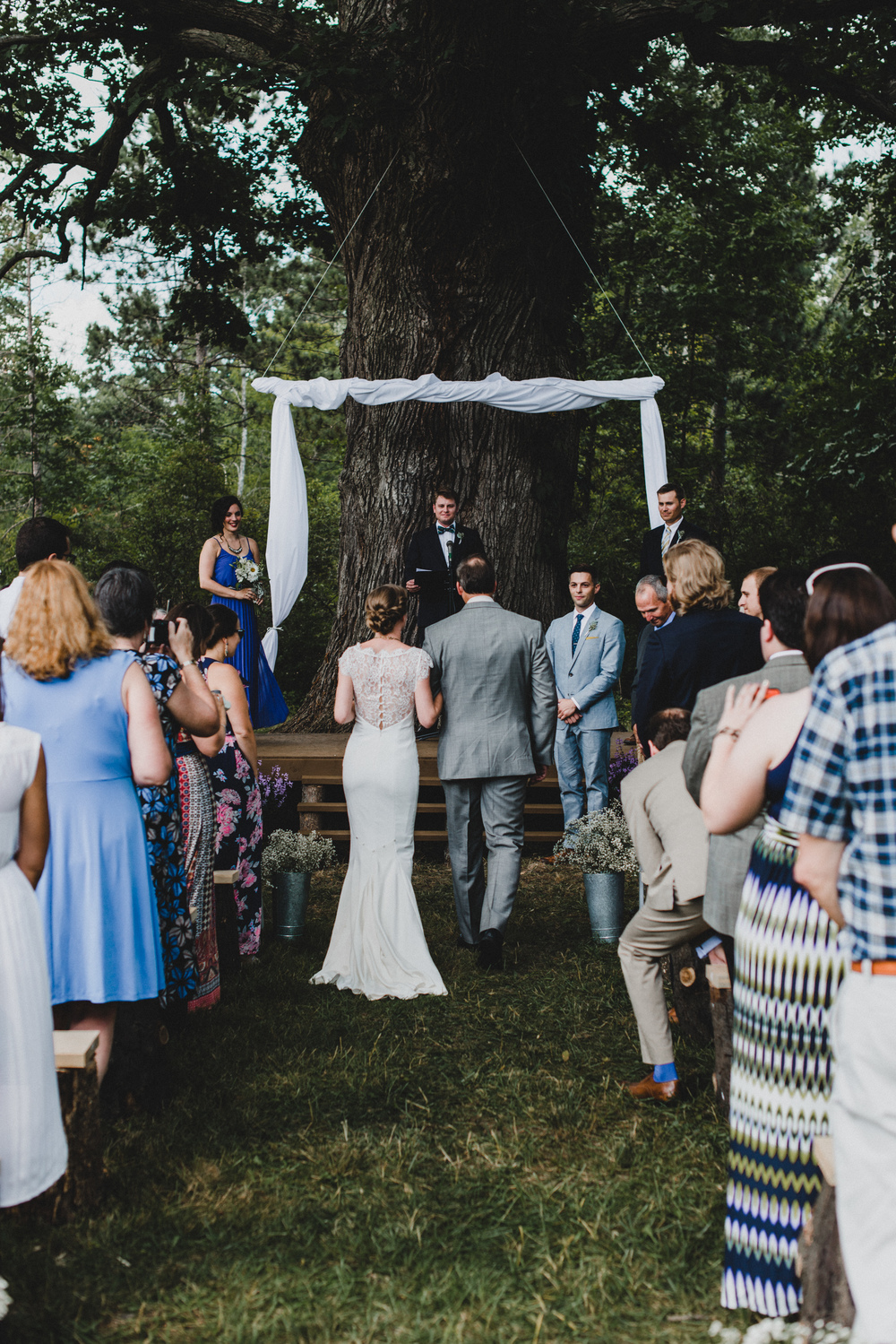 Intimate-Backyard-Farmhouse-Ohio-Wedding-Andi+Ben_Mallory+Justin-Photographers-149.JPG