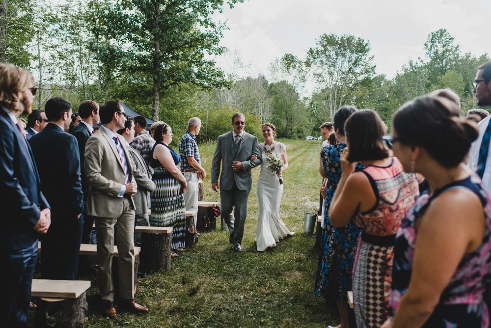 Intimate-Backyard-Farmhouse-Ohio-Wedding-Andi+Ben_Mallory+Justin-Photographers-151.JPG