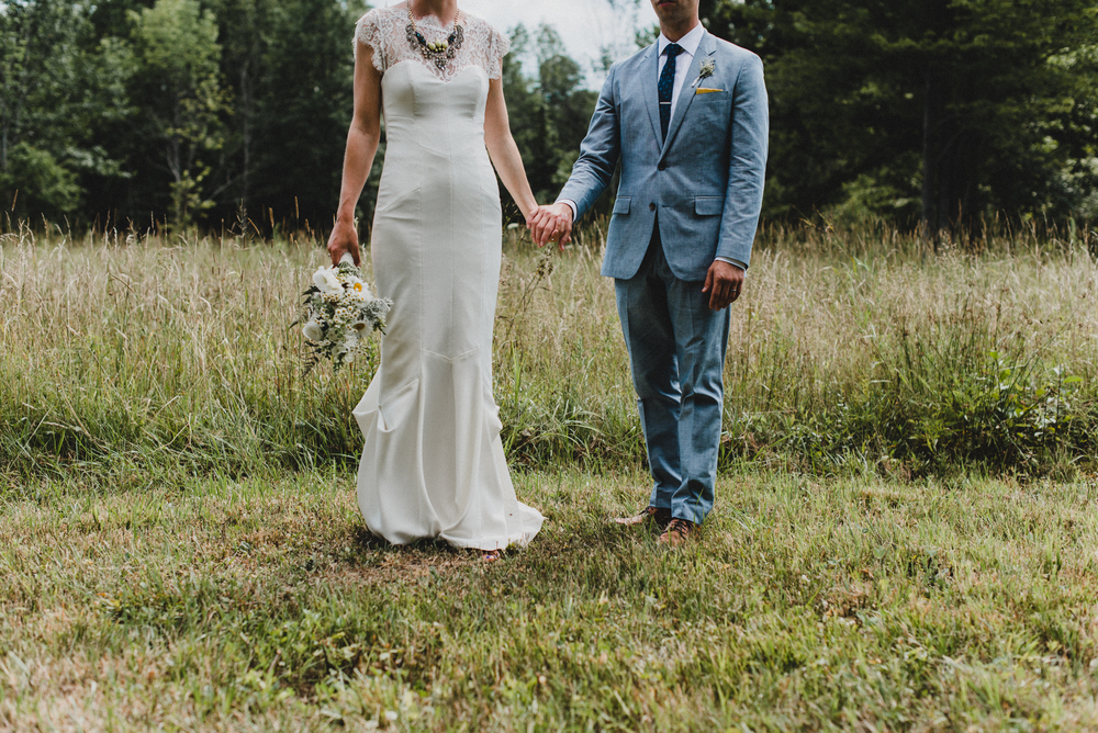 Intimate-Backyard-Farmhouse-Ohio-Wedding-Andi+Ben_Mallory+Justin-Photographers-176.JPG
