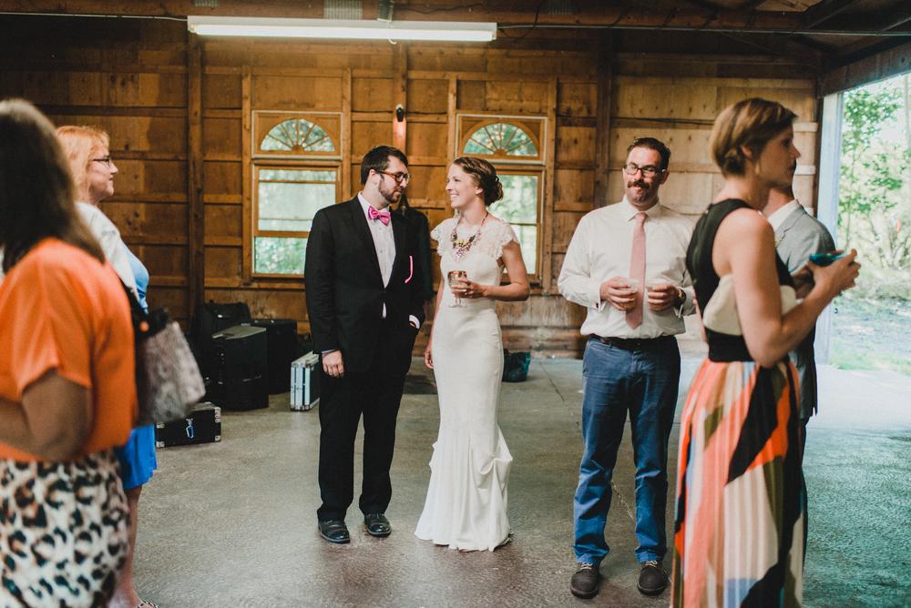 Intimate-Backyard-Farmhouse-Ohio-Wedding-Andi+Ben_Mallory+Justin-Photographers-182.JPG