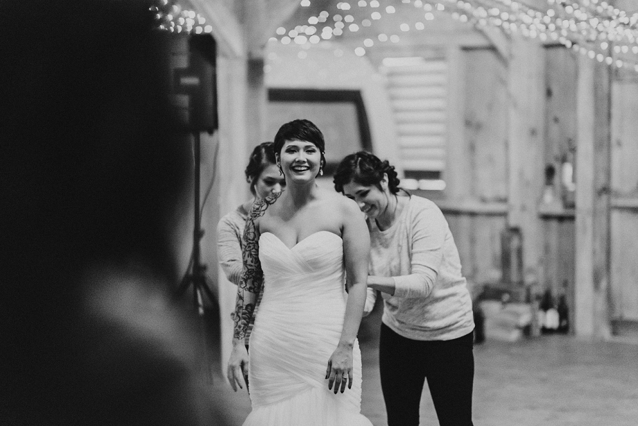 Rivercrest-Farm-Wedding-Lisa+Brad_Mallory+JustinPhoto-27.JPG
