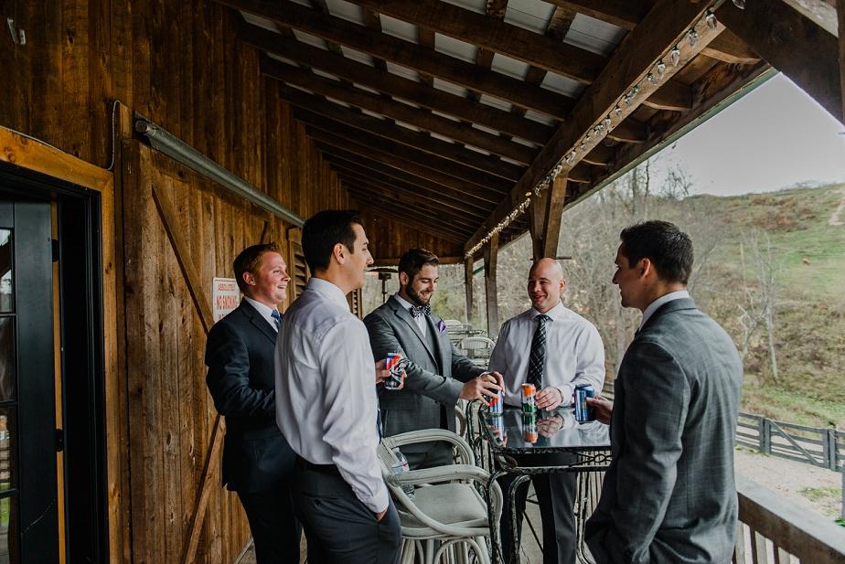 Rivercrest-Farm-Wedding-Lisa+Brad_Mallory+JustinPhoto-32.JPG
