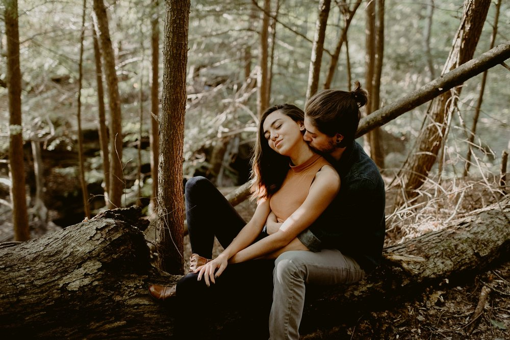 Wildnerness-Waterfall_Couples-Session_DocumentaryPhotographer_MJPHOTO-108.JPG