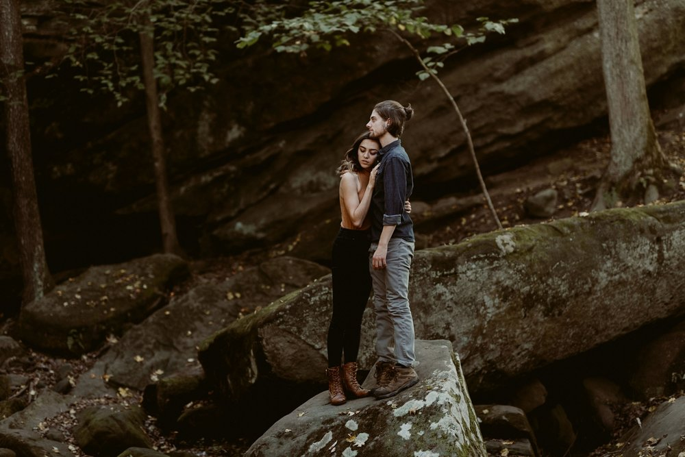 Wildnerness-Waterfall_Couples-Session_DocumentaryPhotographer_MJPHOTO-159.JPG