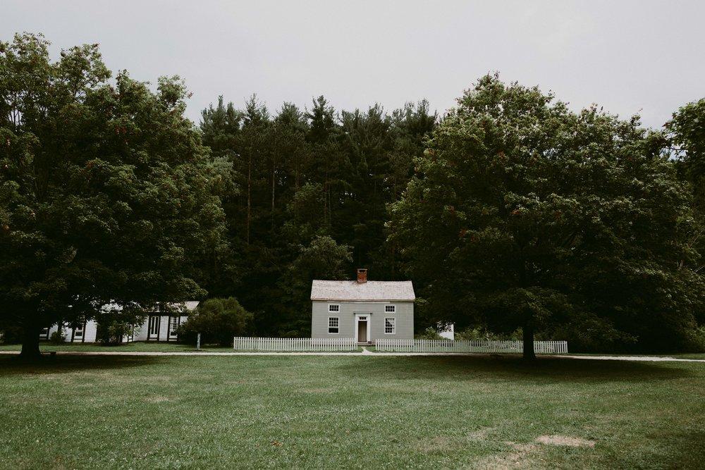 Hines-Hill-Farm-Cuyahoga-Valley-National-Park-Wedding_Emi+Andy_MJPHOTO-9.jpg