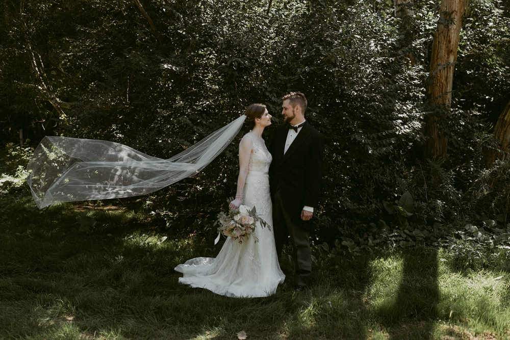 Enchanting-Wedding_Meg&Mark_ShakerHeightsCountryClub_MJPHOTO-19.jpg