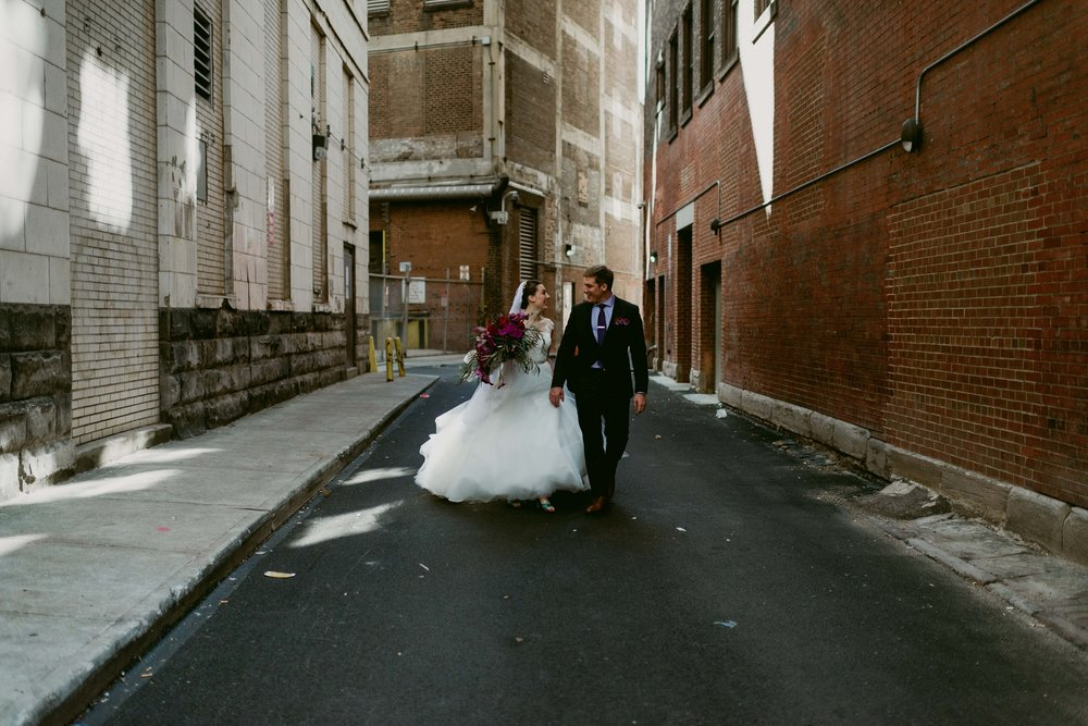 Romantic-Industrial-Warehouse-Wedding_Mallory+Justin-Photographers_0175.jpg