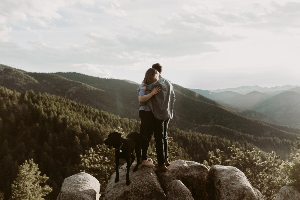 Colorado-Mountain-Couples-Adventure-Session_MJPHOTO-25.jpg