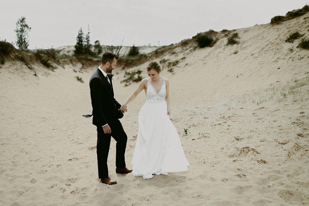 Michigan-Sand-Dunes-Wedding_Ashley+Zach-238.jpg
