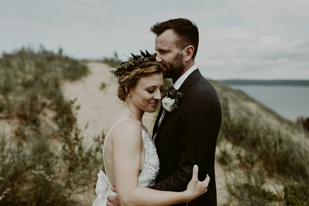 Michigan-Sand-Dunes-Wedding_Ashley+Zach-335.jpg