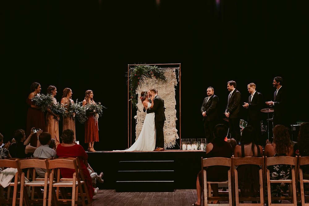 Woodland-Theater-Wedding-Molly+Ryan_MJPHOTO-443.jpg