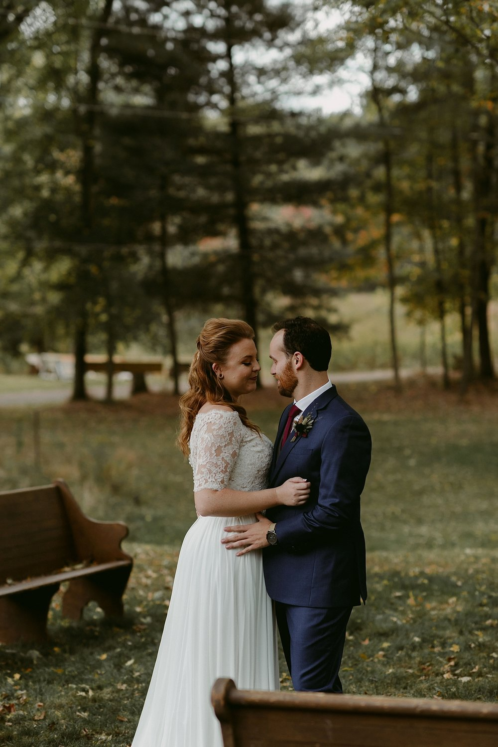 October-Backyard-Wedding_Rachel+Brian_MJPHOTO-168.jpg