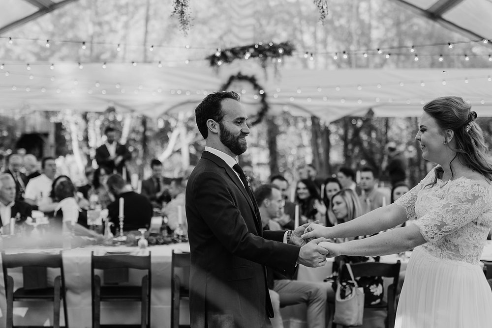 October-Backyard-Wedding_Rachel+Brian_MJPHOTO-915.jpg