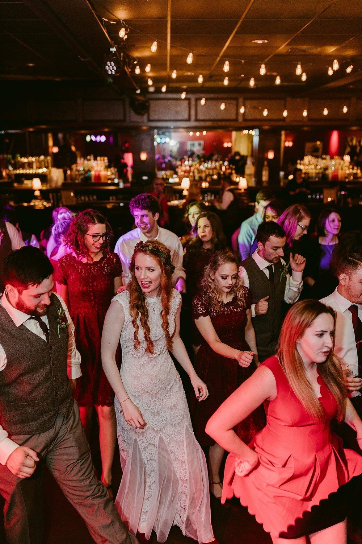 Cleveland-Vintage-Wedding-Kendel+Paul_MJPHOTO2017-934.jpg