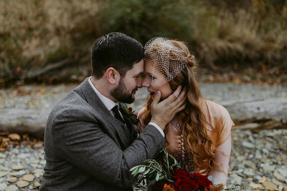 Cleveland-Vintage-Wedding-Kendel+Paul_MJPHOTO2017-302.jpg