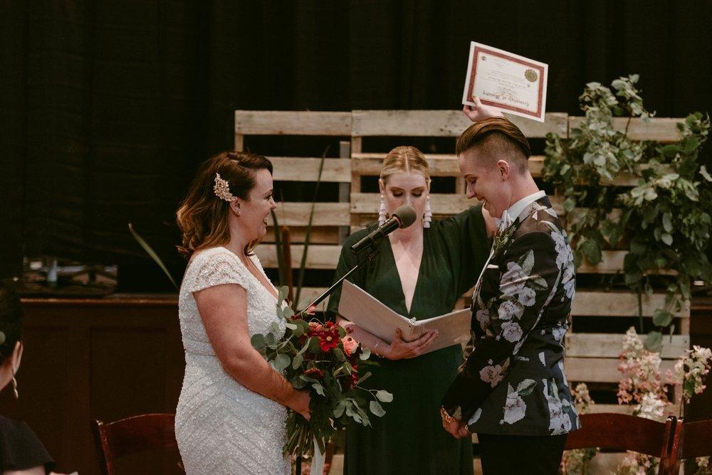 Buffalo-Wedding-Babeville-NY-Courtney+Liz_MJPHOTO-553.jpg