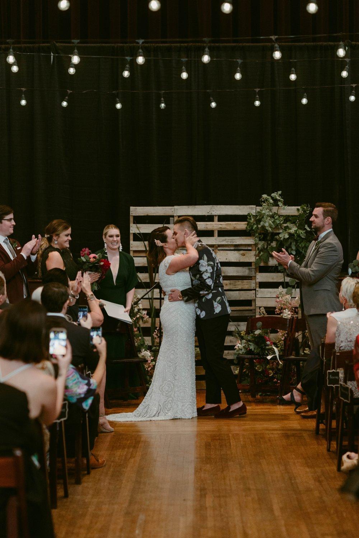 Buffalo-Wedding-Babeville-NY-Courtney+Liz_MJPHOTO-592.jpg