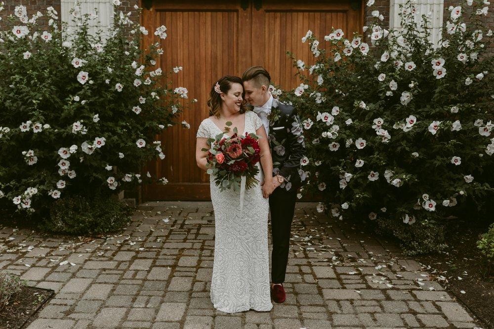 Buffalo-Wedding-Babeville-NY-Courtney+Liz_MJPHOTO-296.jpg