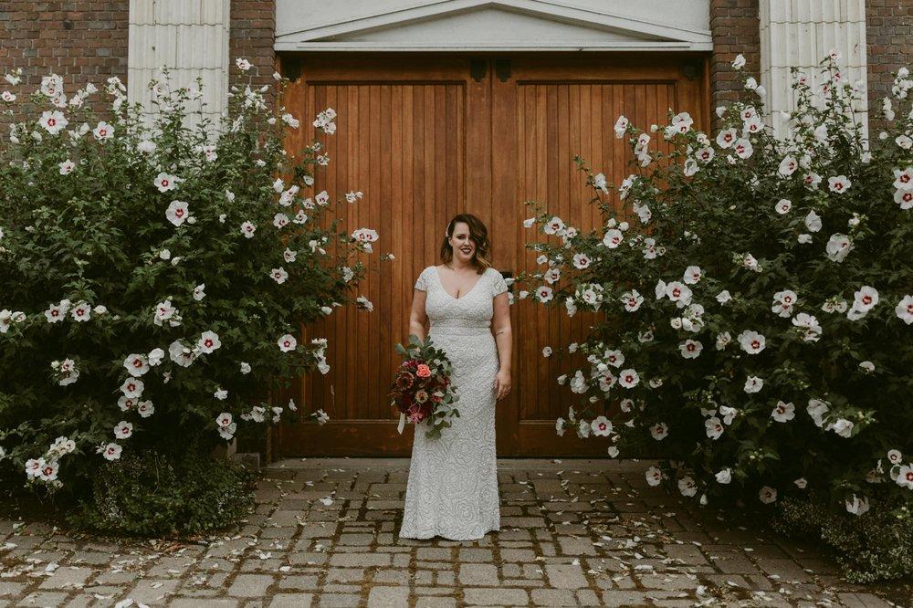 Buffalo-Wedding-Babeville-NY-Courtney+Liz_MJPHOTO-281.jpg