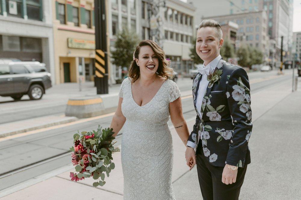 Buffalo-Wedding-Babeville-NY-Courtney+Liz_MJPHOTO-150.jpg