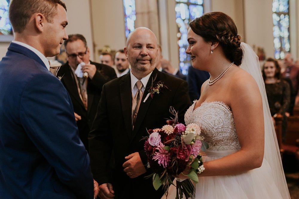 Ohio-Wedding_Kathryn+Devin_MJPHOTO2017-365.jpg