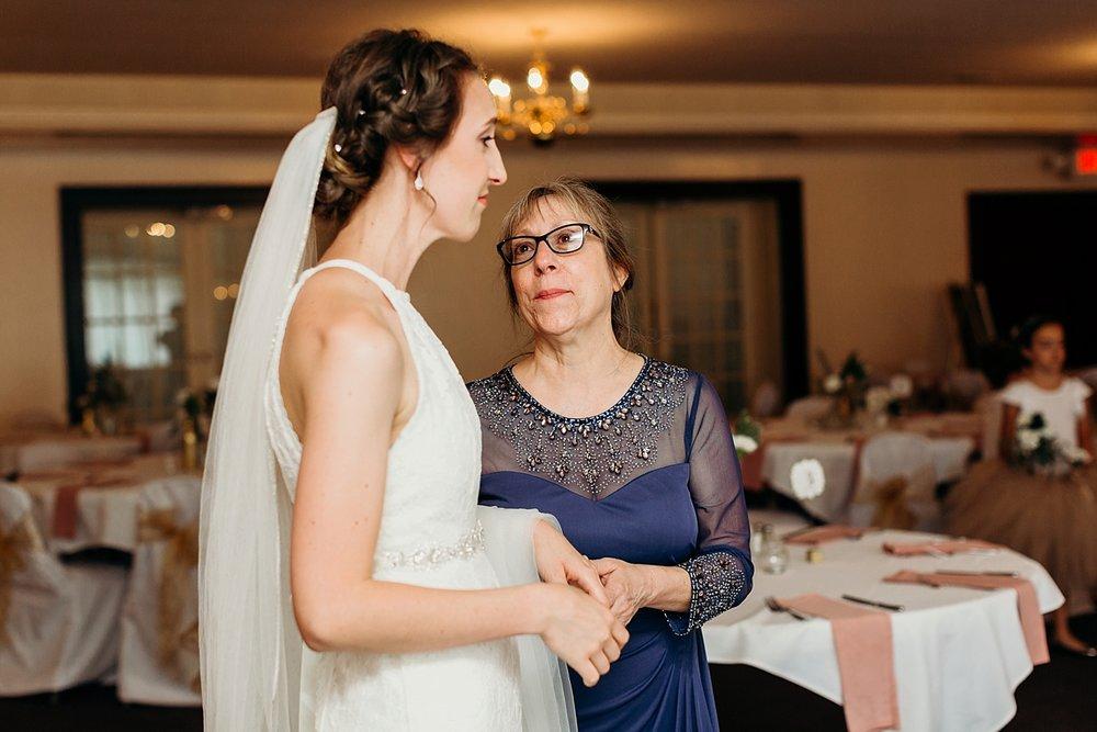 Chateau-Michelle-Wedding-Julia+JuanLuis_TheHeartlandersCo2018LA-221.jpg