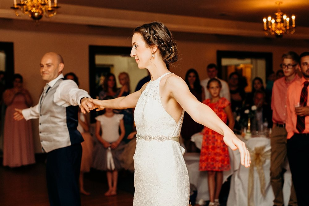 Chateau-Michelle-Wedding-Julia+JuanLuis_TheHeartlandersCo2018LA-373.jpg