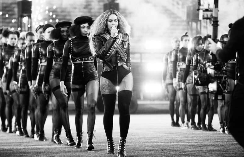 Beyonce performing at the half time Super Bowl 50, 2016. Photography by Daniela Vesco