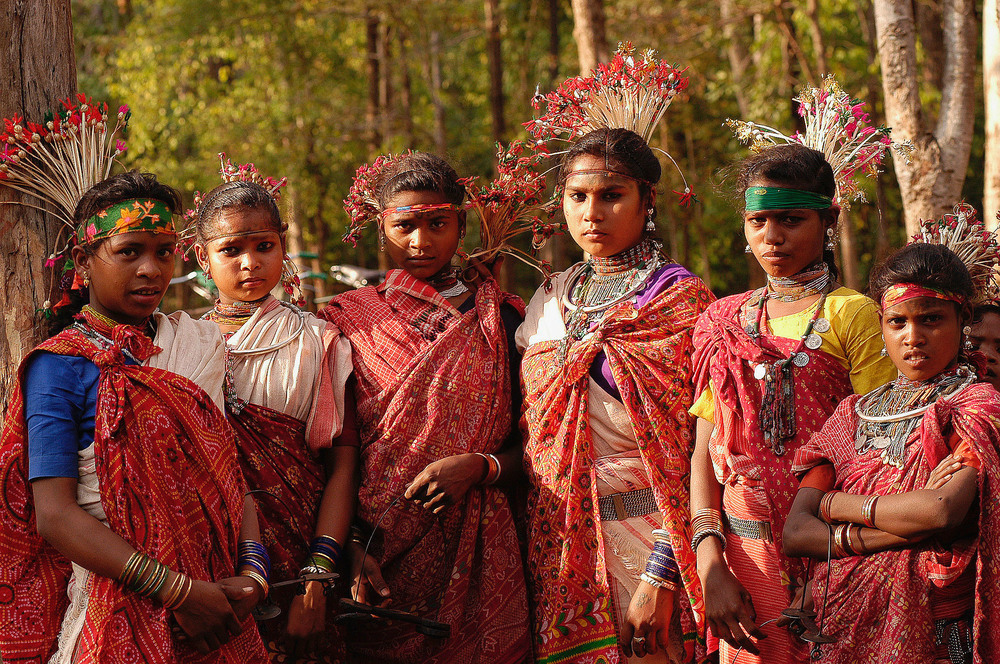 Young  Baiga  tribe women