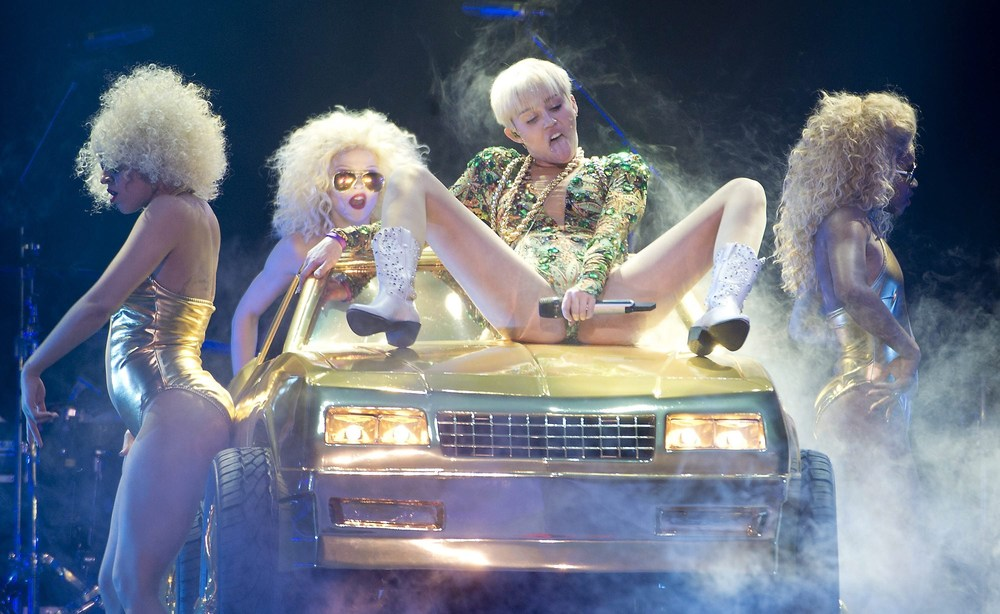 Miley Cyrus on her Bangerz tour in Vancouver, Canada, 2014